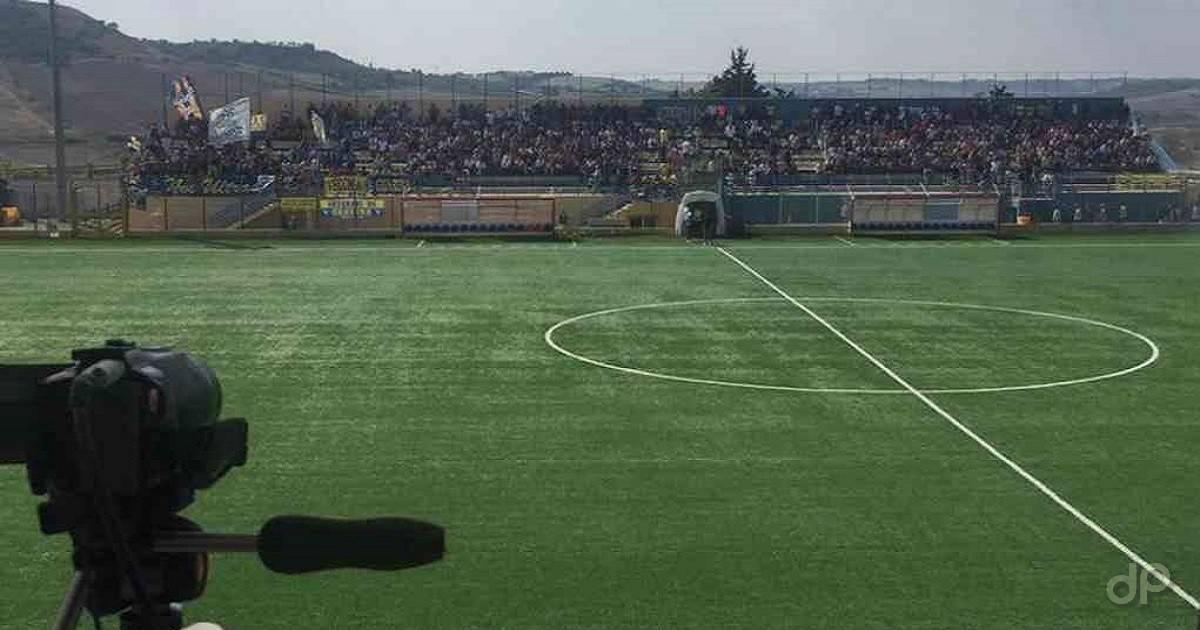 """Stadio Comunale """"Stefano Vicino"""" di Gravina in Puglia"""