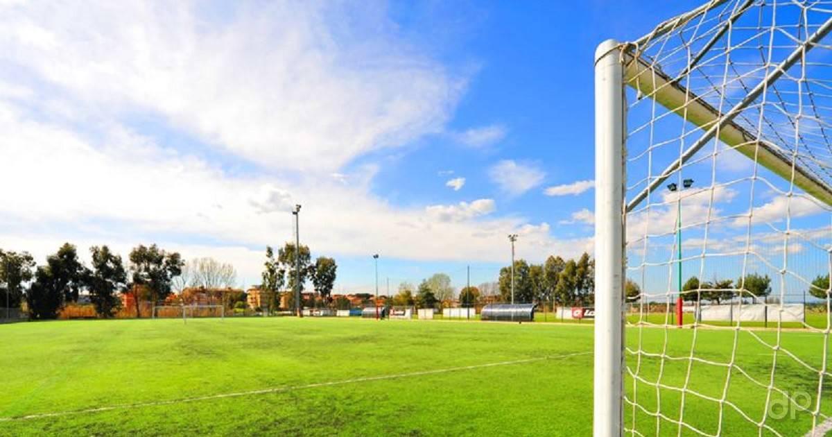 Campo di calcio dilettantistico