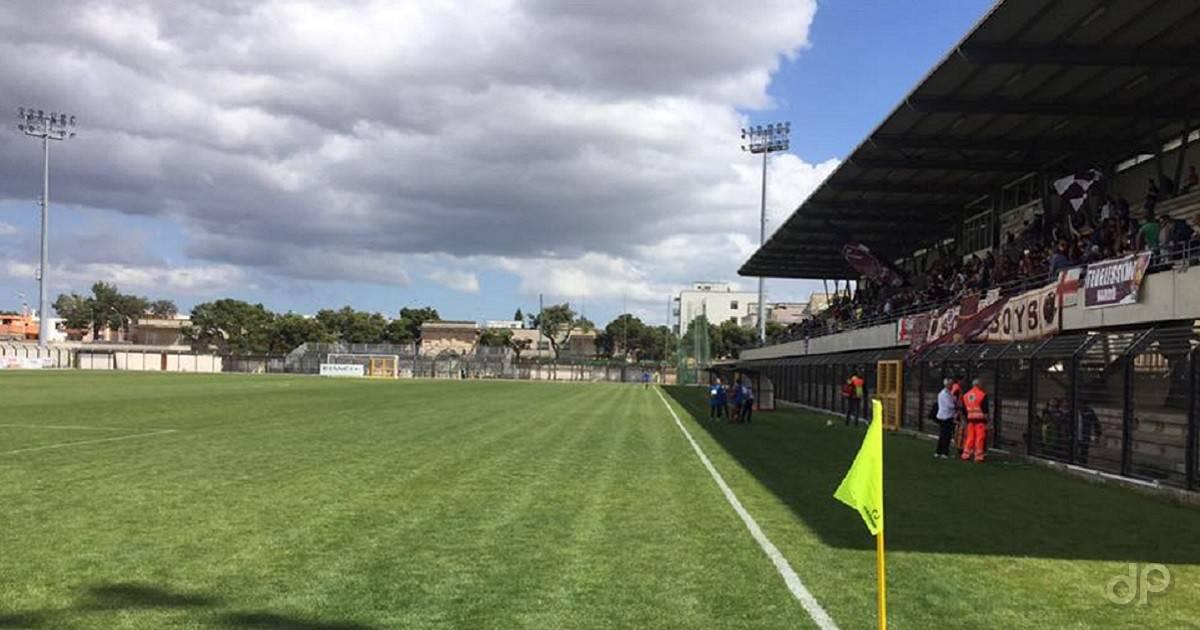 """Lo stadio """"Giovanni Paolo II"""" di Nardò"""