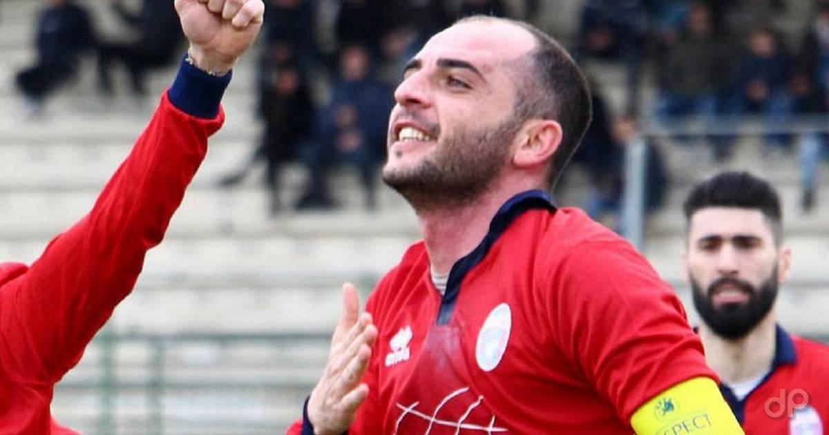 Luca Potì con la maglia del Novoli 2017