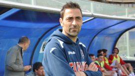 Brindisi, risolto il contratto con mister De Luca. Panchina a Michele Cazzarò