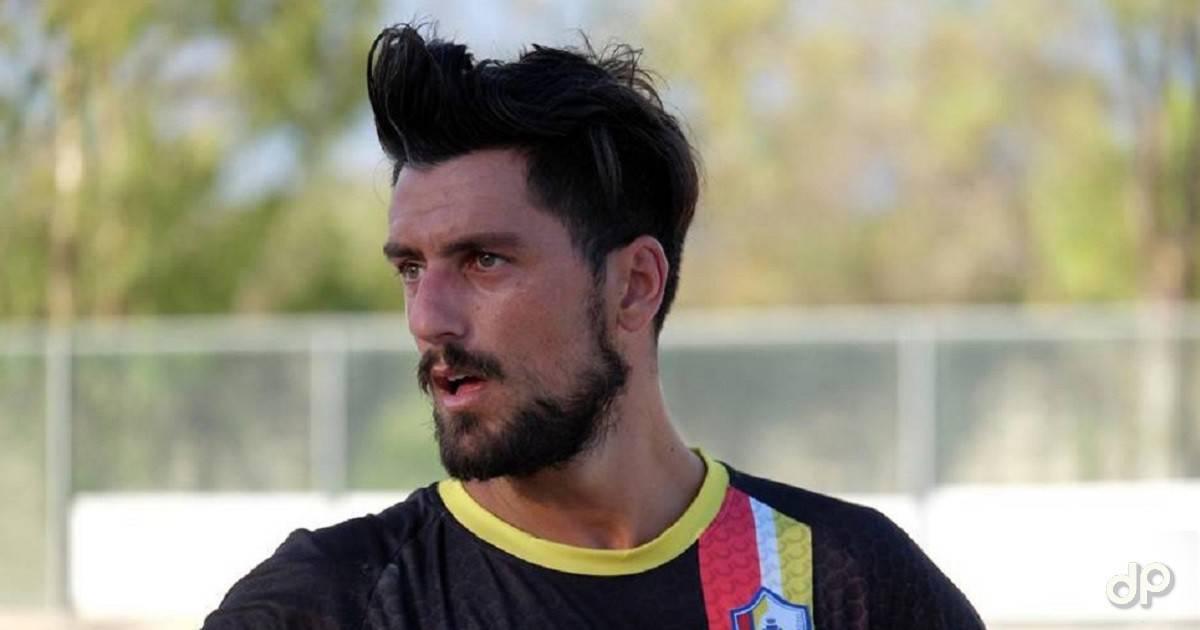 Stefano De Razza all'Atletico Aradeo 2018