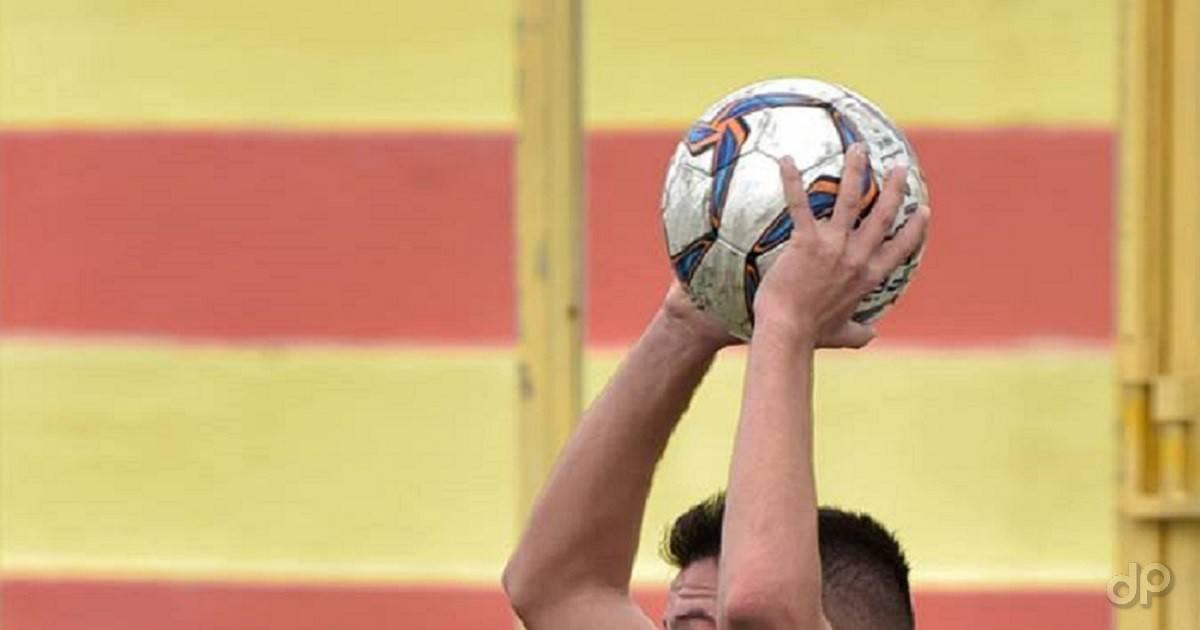 Pallone mani calcio dilettanti