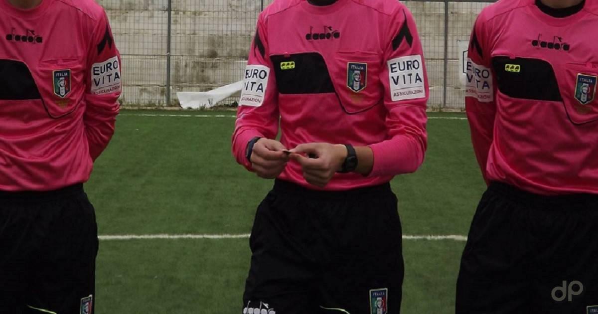 Arbitri maglia rosa