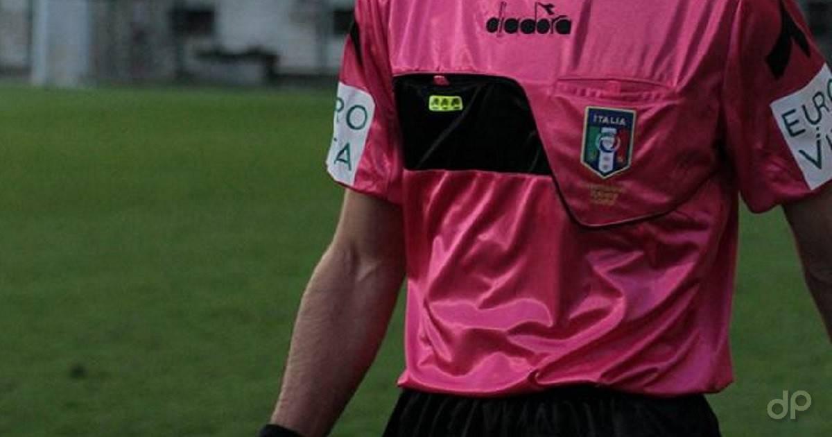Arbitro maglia rosa 2018