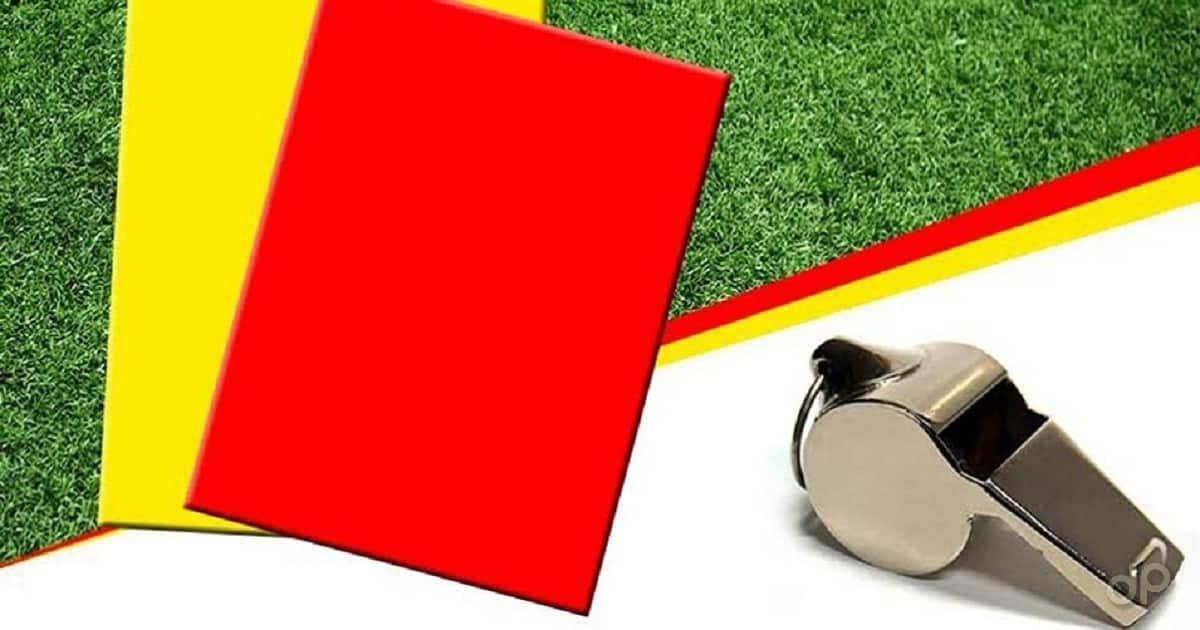 Decisioni Giudice sportivo sfondo erba