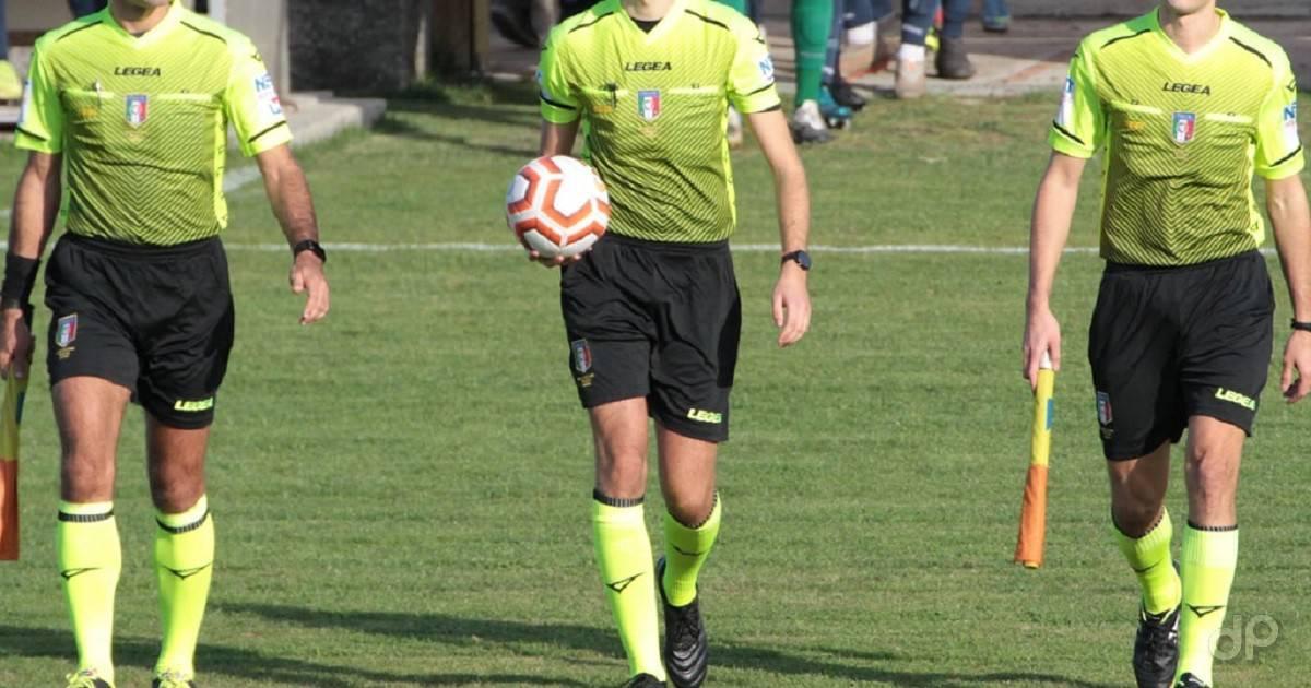Terna arbitrale maglia gialla 2020-21