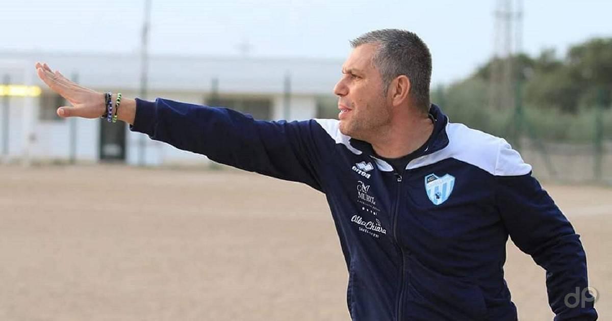 Angelo Santoro allenatore Savelletri 2020